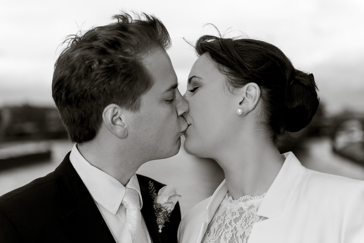 Kuss Fotos Hochzeit